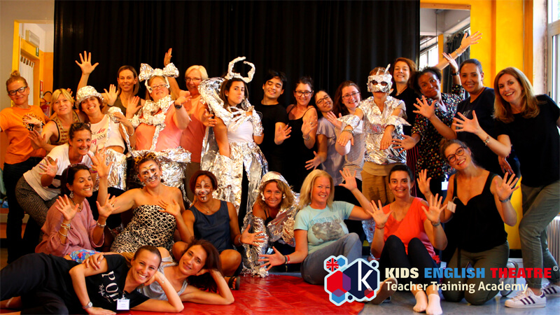 Kids English Theatre