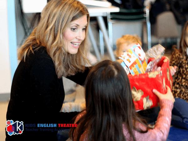 Kids English Theatre